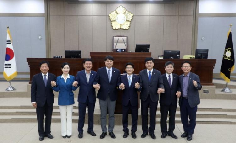 수원시의회 상임위원장 선출, 제11대 후반기 원구성 마쳐