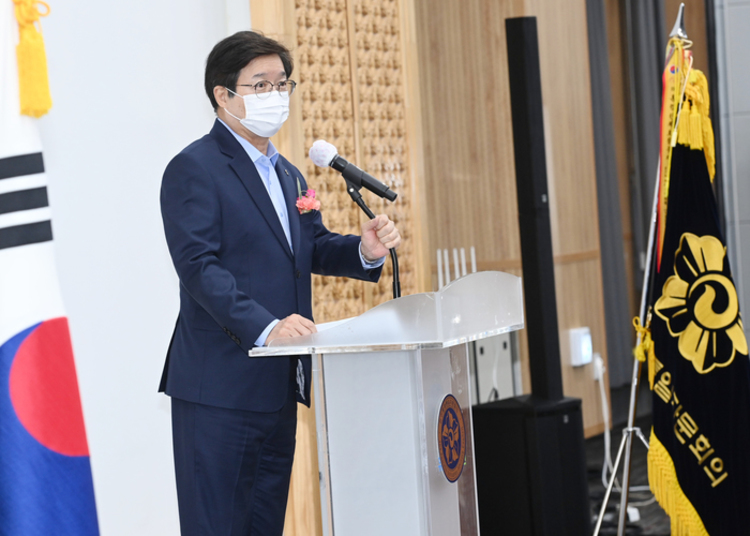 """염태영 시장, """"민주평통 수원시협의회와 수원시, 평화·통일 위해 힘 모으자"""""""